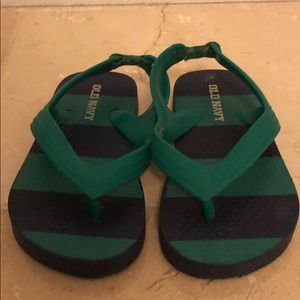 Gap sandals for boys